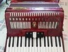 低价出售鹦鹉牌手风琴