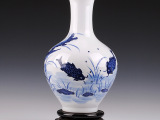 景德镇陶瓷器 高档手工雕刻青花瓷花瓶 客厅装饰工艺品摆件多款选