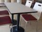 众美德厂家定制快餐桌椅现代简约个性创意快餐桌椅