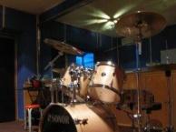 69音乐工作室吉他/架子鼓手培训为主的现代音乐教室