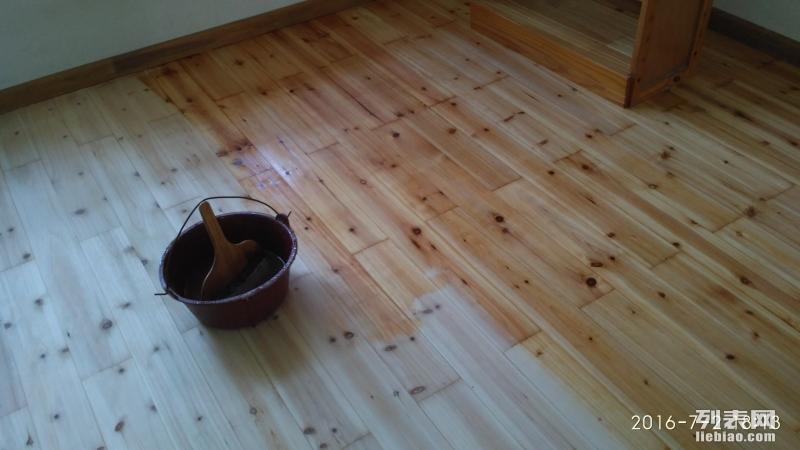 厦门木地板起拱维修木地板划痕修复漆面补色