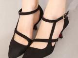 批发一件代发新款时尚尖头个性曲线美低跟扣带单鞋女鞋子