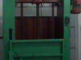 厂家生产开花机,打包机等各类纺织机械。欢迎您的来电