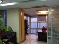 190平带全套办公家具东盛广场 有钥匙