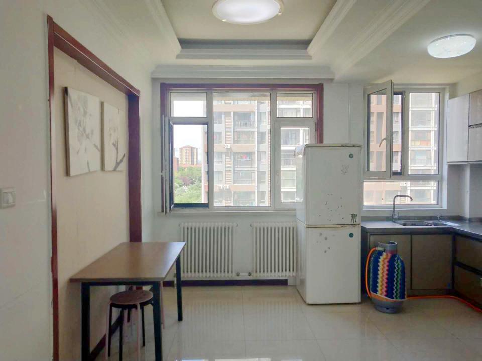 壹品天城 2室2厅 事业宽敞 干净整洁 拎包入住壹品天城