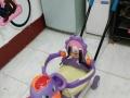 宝宝扭扭车