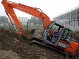 保定地区规模大的挖掘机学校 保定钩机技校