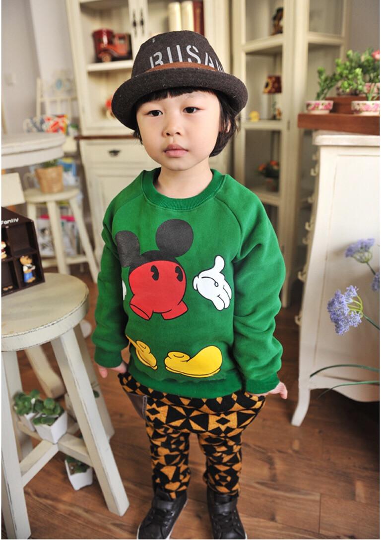 重庆哪有很便宜童装批发小孩子秋冬款加绒卫衣打底衫批发厂家直销