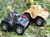 电动闪光特技翻斗坦克玩具 军事模型玩具热销地滩 义乌外贸质量