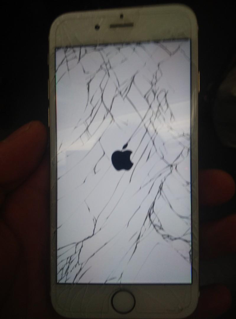 iPhone 6S Plus 外屏破裂 7换屏维修