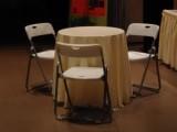 成都桌椅出租 各类桌椅 一条龙服务价格实惠选择艺颖