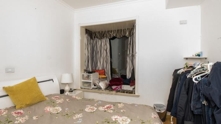 融科天城一期 精装两房 客厅带超大外阳台 安静采光好 低总价
