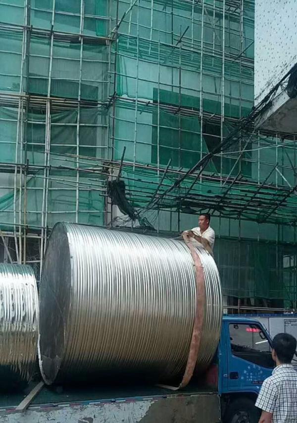 厂家直销不锈钢卧式水箱304学校医院消防储水罐水塔