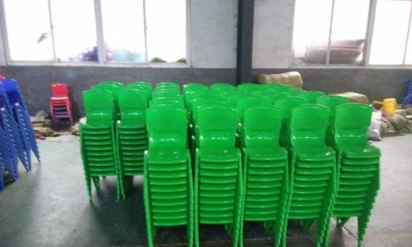 幼儿园塑料椅子环保耐用质保三年欢迎来厂实地考察