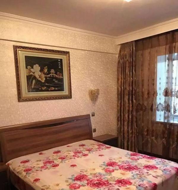 临夏市 明丰花园 2室2厅 全新装修 带家具家电 拎包入住