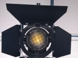 新闻电视台高清演播室LED灯光 LED便携式聚光灯