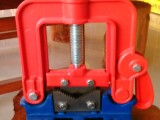 供应2号3号4号铸钢压力龙门钳 管子台虎钳 厂家直销 金五金工具