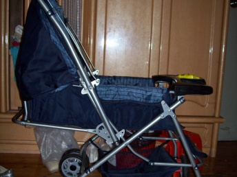 宝妈通过瘦多美纤体坊减肥成功了,孩子也长大了,转让婴儿车
