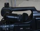 JVC85肩扛双卡 高清摄像机