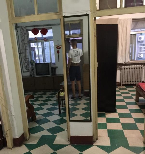 刘庄小区 三室 74平 免税