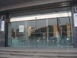 天河洗村玻璃感應門安裝,天河松下自動門,多瑪自動門維修