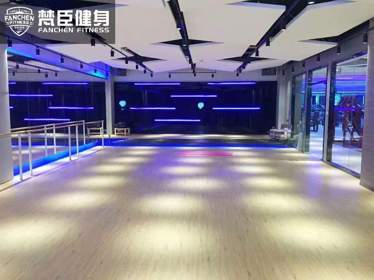 梵臣健身24小时营业旗舰店强势入驻瑞丰商业大厦买一年送一年