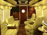 租豪华巴士房车展示 出租豪华巴士房车拍摄 租赁豪华巴士房车接