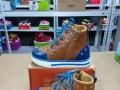小果鞋业,2元到15元 童鞋专业批发,国内最低