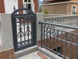 厂家供应乐山铁艺阳台护栏含安装