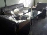全新皮沙发组合1000元,茶180元,包送货上门