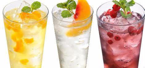 在惠州开一家果陌饮品加盟店多少钱/果陌饮品加盟电话