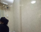 人民医院附近,精装修带家具两居室对外出租!