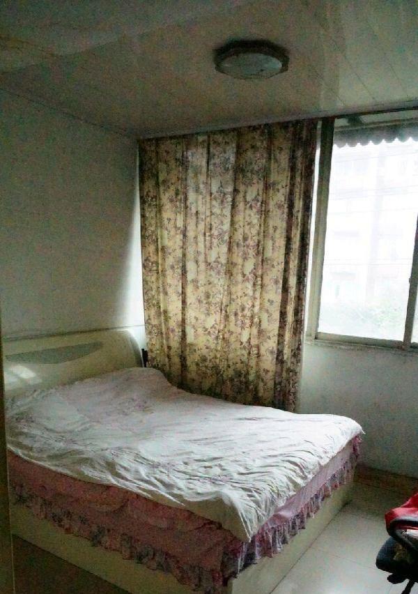 5室2厅3卫 二手房送天台
