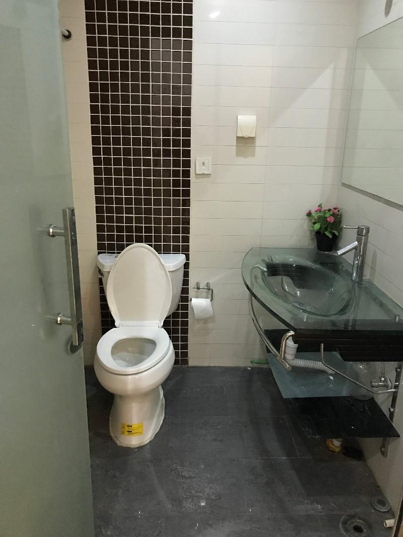 复兴门地铁 长安兴融中心 精装 商住两用 房主直租