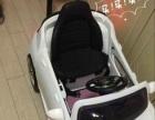 能坐能遥控儿童保时捷电动车,孩子玩的很高兴