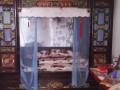 出售家传雕花古床