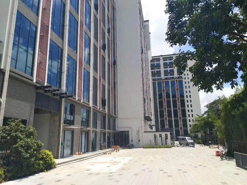 罗湖一步之隔复式房 名仕花园 布吉长龙地铁口3栋花园名仕花园