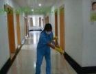 上海宝山杨行家庭钟点工打扫家政小时工清洁玻璃窗
