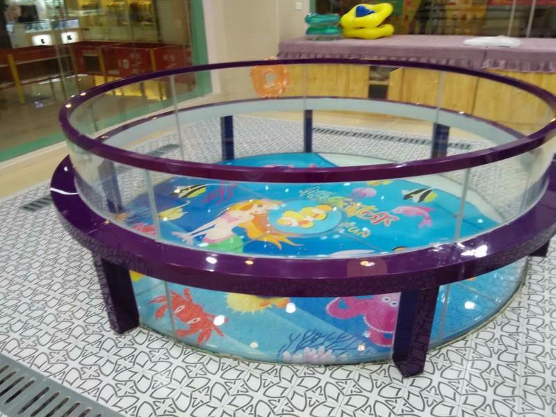 福州伊贝莎玻璃池
