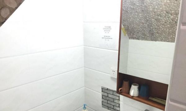 荣丰新上业主直租精装修复式随时看房