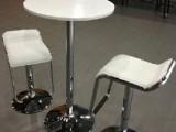 淄博出租洽谈桌椅,租赁玻璃圆桌