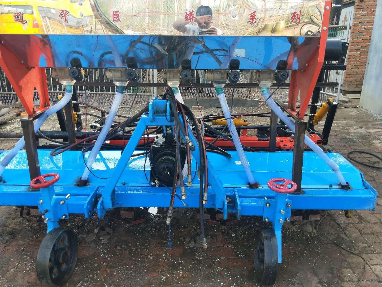 闵家镇大型汽油播种机价格旋耕播种施肥一体机