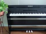 福建泉州德曼電鋼琴廠家批發紅色烤漆上線批發的價格低至幾百元