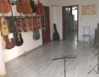 牡丹江木吉他班招生 学吉他学尤克里里送吉他送琴