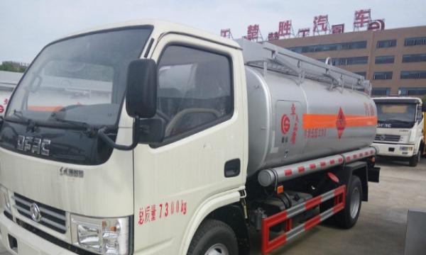 危险品加油车厂家直销,介质:柴油