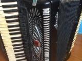 出售二手手風琴