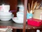 由于本人回老家不便携带,特价转让碗,盆,炖汤锅,碗