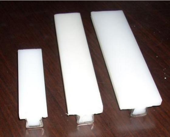 山东高分子护栏垫片价格丨输送机护栏丨铸砺机械(上海)有限公司