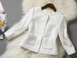 a185欧时力同款小外套 钉珠圆领方形小口袋修身百搭白色短外套