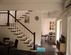 别墅实木楼梯效果图案例 楼梯厂家制作家庭楼梯 麻花柱款式